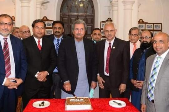 Honourable vice chancellor Prof. Dr. Muhammad Suelman Tahir paid a visit to GC University Lahore